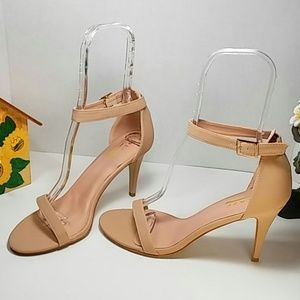 🆕 Nude Ankle Strap Heels Nubuck Faux Leather 🆕